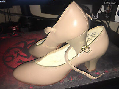 "Capezio Character Shoes Beige Tan 2"" Heel 7M"