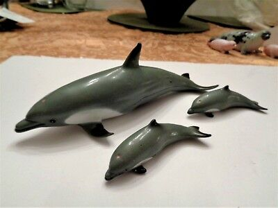 1990's SEA LIFE FIGURES - AAA DOLPHIN AND TWO CALVES