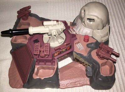 Micro Machines  Battle Zone Skull Canyon Military Playset by Galoob