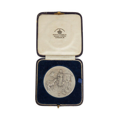 Cased Mappin & Webb Dairy Farmers Silver Medal C.1937