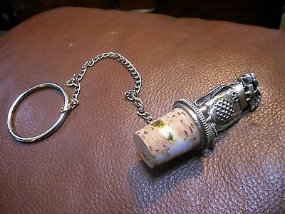 Pewter Golf Bag Wine Bottle Cork Stopper and bottle Neck Chain
