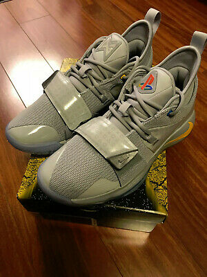 c8488e407122 DS 2018 NIKE PG 2.5 PS PLAYSTATION Paul George Wolf Grey BQ8388 001 ...