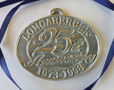 LONGABERGER OVAL PEWTER 25th ANNIVERSARY TIE-ON ~ 1973-1998 ~ BLUE RIBBON ~ NEW