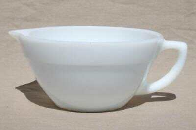 Vintage 1950s White Milk Glass Fire King Hocking Mixing Batter Bowl Handle Spout