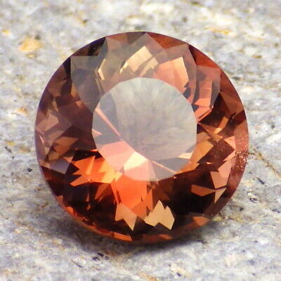 RED SCHILLER OREGON SUNSTONE 4.33Ct FLAWLESS-UNIQUE COLOR FROM PANA MINE!