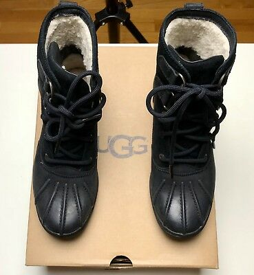 22e3f884bb1 UGG AZARIA BLACK Leather Sheepskin Waterproof Duck Boots Women's Size Us 6