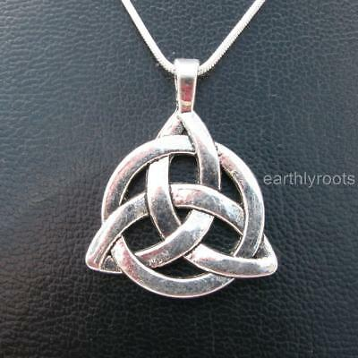 """Beautiful Celtic Triquetra Trinity knot pendant with 20""""silver snake chain"""