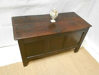 ANTIQUE LATE 17th CENTURY OAK COFFER CARVED BOX RESTORATION PERIOD OTTOMAN