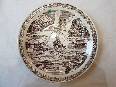 Wyoming Vernon Kilns Plate Old Faithful Yellowstone, Powder River, Devil's Tower
