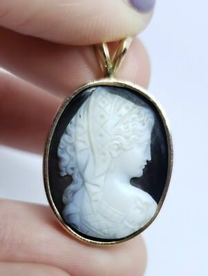 Gorgeous! Antique Victorian 14K Yellow Gold 585 Hardstone Carved Cameo Pendant