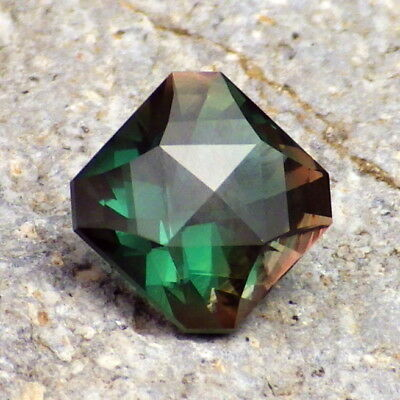 BLUE-TEAL SCHILLER OREGON SUNSTONE 3.35Ct FLAWLESS-UNIQUE COLOR-FROM PANA MINE