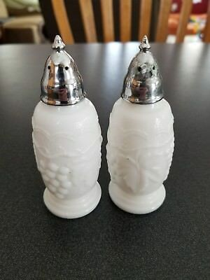 Set of 2 Vintage White Milk Glass Salt and Pepper Shaker Grape Design