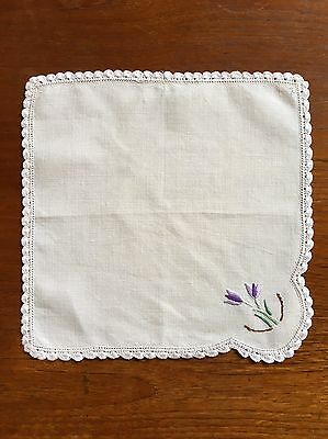 Vintage Hand Embroidered Linen Duchess Doily Dining Table Serviette Crochet Edge