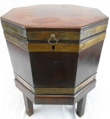 Antique Octagonal Wooden Cellarette Lidded Wine Cooler Ice Chest