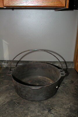 Vintage Cast Iron Bean Pot 5 Quart Cookware made in the USA no makers name