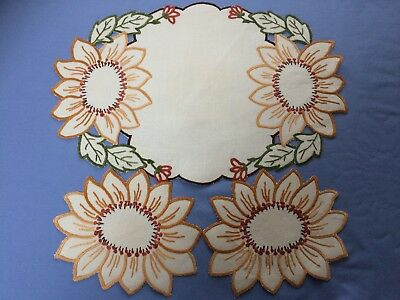 Vintage Linen Dressing Table Set 3 Pieces Hand Embroidery Sunflowers