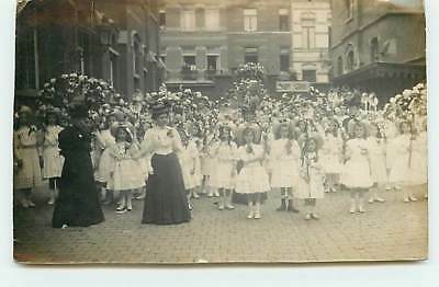 Carte-Photo de TAMINES ??? - Photo de groupe de fillettes lors d'une Fête
