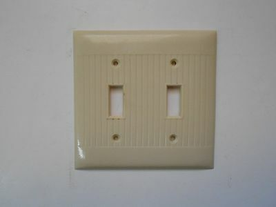 Vintage Sierra Electric Standard Size Bakelite Ivory Double Switch Cover Plate