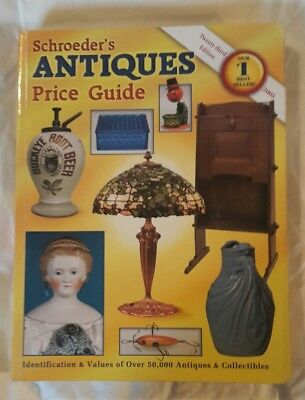 Collectors Reference Book Price Guide -  SCHROEDER'S ANTIQUES PRICE GUIDE, 2005