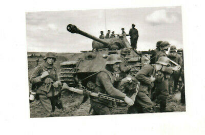 WWII B&W PHOTO German Troops and Tiger Tank in Kursk WW2 World War