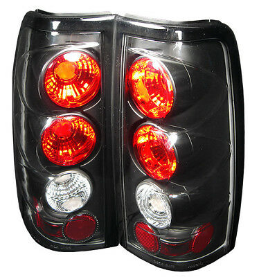 Spyder Auto 5001696  Tail Light Assembly
