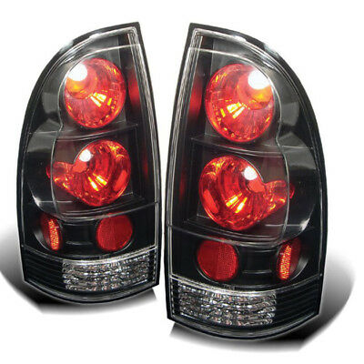 Spyder Auto 5007896  Tail Light Assembly