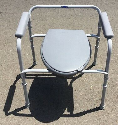Invacare All-In-One Aluminum Portable Bedside Commode & 3 Liners 9630