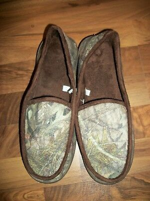 8fdbba40949f Mossy Oak Camo Moccasin Slippers Tree Camouflage Green Size L(11 12)-