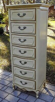 Vintage lingerie chest French provincial Thomasville 7 drawer Hollywood Regency