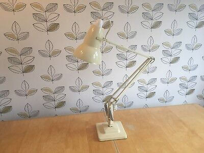 Vintage Cream Herbert Terry Anglepoise 1227 20th Century Desk Lamp