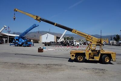 Broderson 8.5 TON IC 80-1D Carry Deck Crane