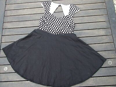 Ally Dress Size 14 Superb Black White Lots Of Skirt Like New Worn Once Open Back