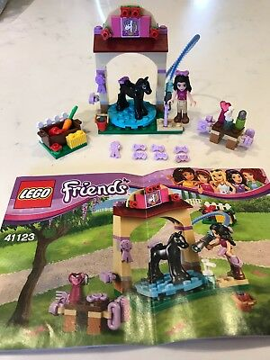 LEGO FRIENDS: Mia with Skateboard Polybag Set 471702 BNSIP - £4.50 ...