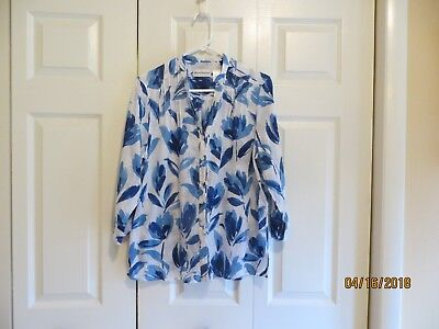 522e26eadbb Alfred Dunner Womens Blue White Floral 3 4 Sleeve Button Down Shirt Size 14