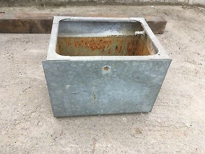 Retro/vintage Galvanised Water Garden Planter Animal Feeding Trough