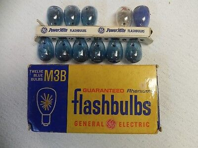 Vintage General Electric Flash Bulbs 9 M3 Blue Bulbs /1=GE M3 Clear /1=Sylvania