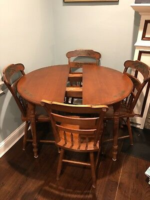antique dining table and chairs Hitchcock