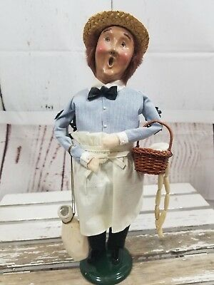 Byer's Choice Carolers butcher Meat Cutter 1995