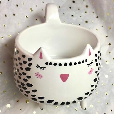 Arlington Designs :: White Spotted Kitty Cat with Legs :: Large Coffee Mug Cup