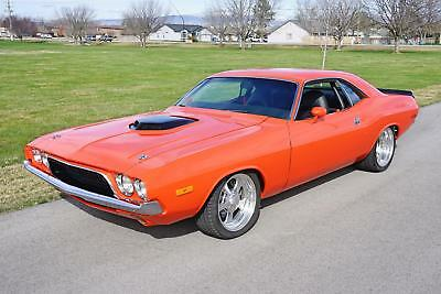 1972 Dodge Challenger Resto-Mod 1972 Dodge Challenger Resto-Mod 2,375 Miles Orange Coupe 472 Manual