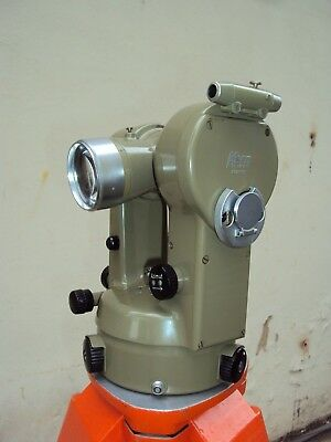 Theodolite KERN K1-A, with its case, needs calibration