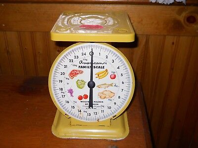 Vintage American Family Old Farm 25 Lb Metal Kitchen Scale *yellow*