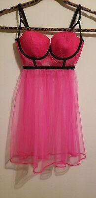 NWT Hot Pink Victoria SECRET very sexy lingerie 34B LIGHTLY LINED