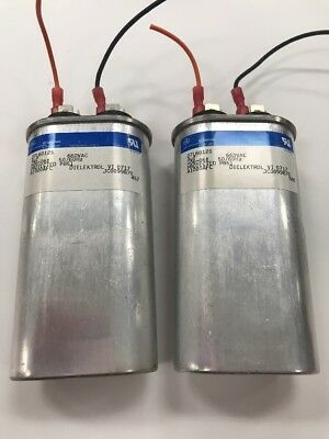 TWO - GENERAL ELECTRIC 27L6012S CAPACITORS 660VAC 50/60Hz, USED