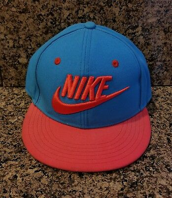 ONLY WORN ONCE INDOORS AT SCHOOL HAT DAY!!! Boys Nike Snapback Adjustable Hat!!!