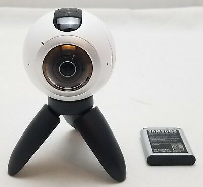 Samsung Gear 360 Degree Camera Camcorder Sm-C200 4K Video And Photo ~ White ~~