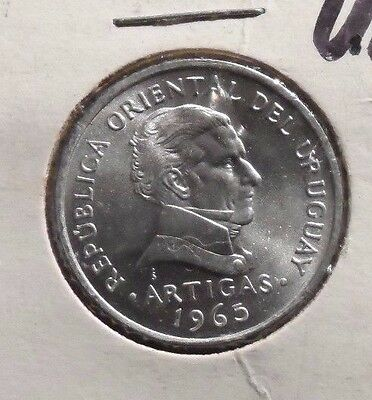 Uncirculated 1965 50 Centesimos Uruguay Coin (70716)