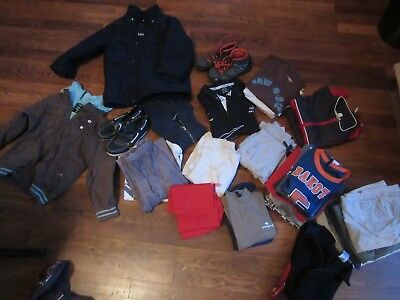 super lot de vêtements 16 pieces cacharel, marvel  ect 3-5ans
