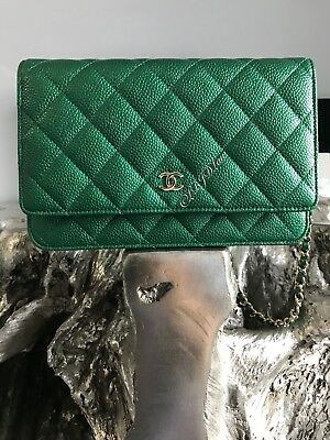 0542f5dbe86e NWT CHANEL 18S Green WOC MINI CLUTCH BAG WALLET ON CHAIN 2018 Metallic  Emerald