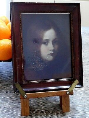Early 20th century framed portrait of a young girl, Lechertier Barbe